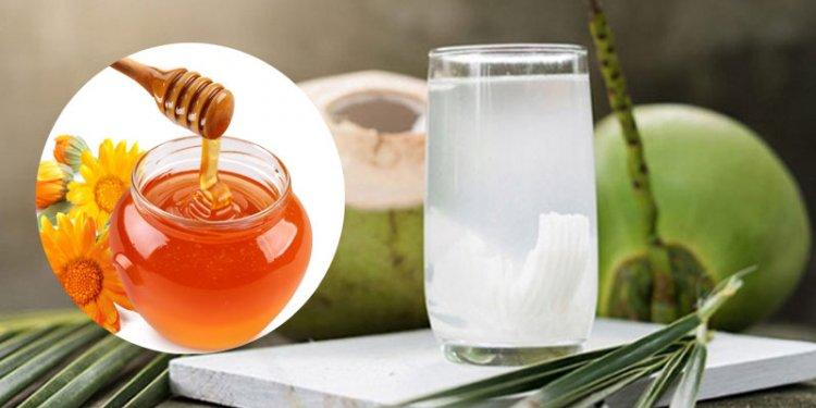 Kiến thức dùng Mật Ong: Công dụng tốt cho sức khỏe khi uống nước dừa với mật ong?